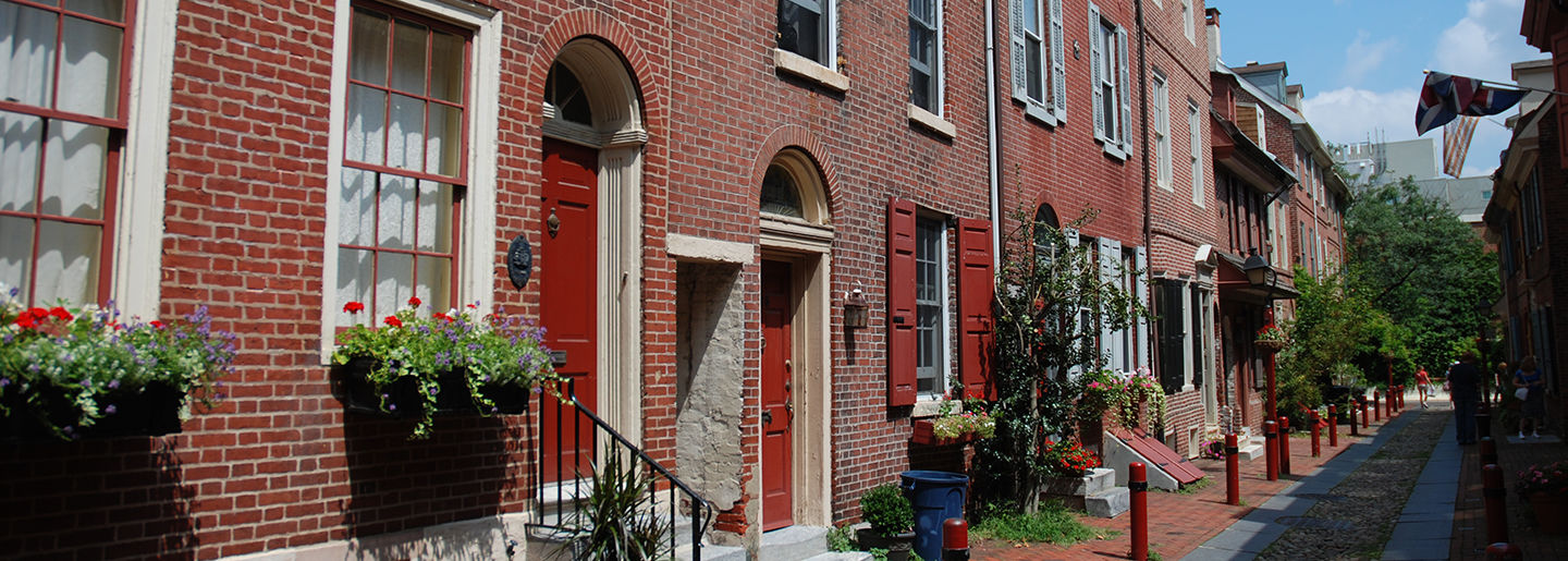 Photo of 18th century houses on Elfreth's Alley in Old City Philadelphia