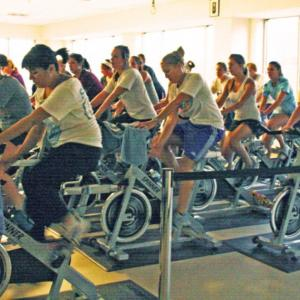 patrons in a cycling session