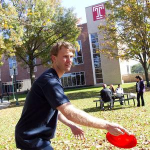 Frisbee Golf at Temple University Ambler.