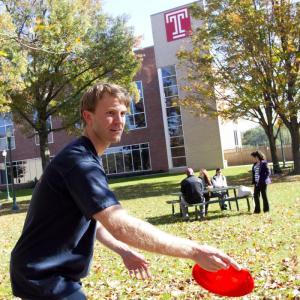 Frisbee Golf Tournament at Temple University Ambler