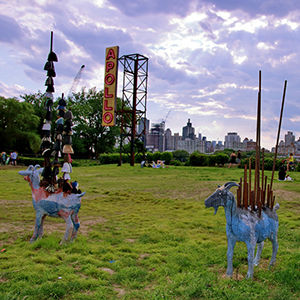 photo of sculptures at Socrates Sculpture park