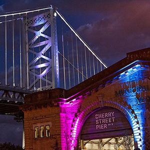 Photo of Cherry St. Pier by https://www.flickr.com/photos/bob_glennan/