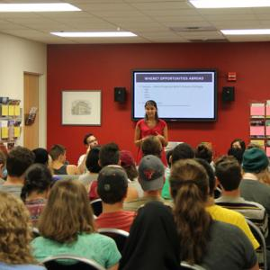 Peer advisor Tara Benner shares her experience abroad at an info session